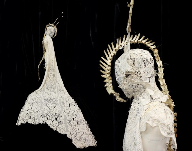 costume 6 - white lace and bones